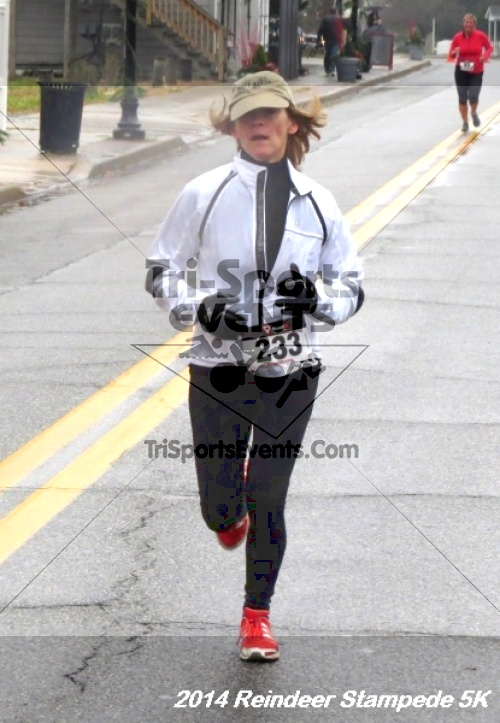 Rock Hall Reindeer Stampede 5K Run/Walk<br><br><br><br><a href='https://www.trisportsevents.com/pics/14_Reindeer_Stampede_5K_068.JPG' download='14_Reindeer_Stampede_5K_068.JPG'>Click here to download.</a><Br><a href='http://www.facebook.com/sharer.php?u=http:%2F%2Fwww.trisportsevents.com%2Fpics%2F14_Reindeer_Stampede_5K_068.JPG&t=Rock Hall Reindeer Stampede 5K Run/Walk' target='_blank'><img src='images/fb_share.png' width='100'></a>