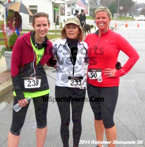 Rock Hall Reindeer Stampede 5K Run/Walk<br><br><br><br><a href='http://www.trisportsevents.com/pics/14_Reindeer_Stampede_5K_073.JPG' download='14_Reindeer_Stampede_5K_073.JPG'>Click here to download.</a><Br><a href='http://www.facebook.com/sharer.php?u=http:%2F%2Fwww.trisportsevents.com%2Fpics%2F14_Reindeer_Stampede_5K_073.JPG&t=Rock Hall Reindeer Stampede 5K Run/Walk' target='_blank'><img src='images/fb_share.png' width='100'></a>