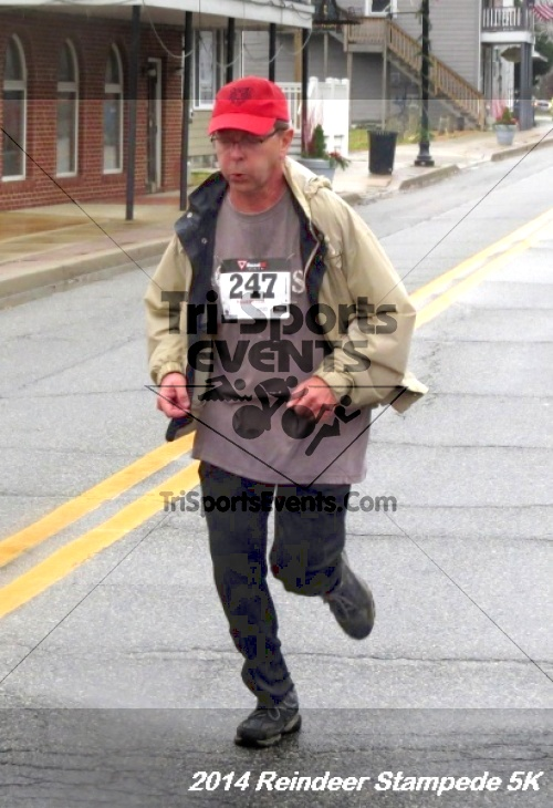 Rock Hall Reindeer Stampede 5K Run/Walk<br><br><br><br><a href='https://www.trisportsevents.com/pics/14_Reindeer_Stampede_5K_075.JPG' download='14_Reindeer_Stampede_5K_075.JPG'>Click here to download.</a><Br><a href='http://www.facebook.com/sharer.php?u=http:%2F%2Fwww.trisportsevents.com%2Fpics%2F14_Reindeer_Stampede_5K_075.JPG&t=Rock Hall Reindeer Stampede 5K Run/Walk' target='_blank'><img src='images/fb_share.png' width='100'></a>