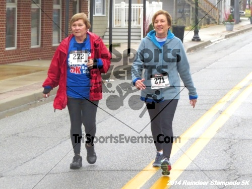 Rock Hall Reindeer Stampede 5K Run/Walk<br><br><br><br><a href='http://www.trisportsevents.com/pics/14_Reindeer_Stampede_5K_117.JPG' download='14_Reindeer_Stampede_5K_117.JPG'>Click here to download.</a><Br><a href='http://www.facebook.com/sharer.php?u=http:%2F%2Fwww.trisportsevents.com%2Fpics%2F14_Reindeer_Stampede_5K_117.JPG&t=Rock Hall Reindeer Stampede 5K Run/Walk' target='_blank'><img src='images/fb_share.png' width='100'></a>