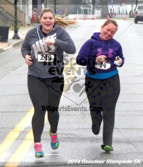 Rock Hall Reindeer Stampede 5K Run/Walk<br><br><br><br><a href='https://www.trisportsevents.com/pics/14_Reindeer_Stampede_5K_124.JPG' download='14_Reindeer_Stampede_5K_124.JPG'>Click here to download.</a><Br><a href='http://www.facebook.com/sharer.php?u=http:%2F%2Fwww.trisportsevents.com%2Fpics%2F14_Reindeer_Stampede_5K_124.JPG&t=Rock Hall Reindeer Stampede 5K Run/Walk' target='_blank'><img src='images/fb_share.png' width='100'></a>