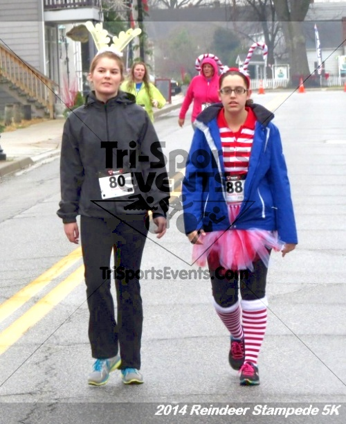 Rock Hall Reindeer Stampede 5K Run/Walk<br><br><br><br><a href='http://www.trisportsevents.com/pics/14_Reindeer_Stampede_5K_126.JPG' download='14_Reindeer_Stampede_5K_126.JPG'>Click here to download.</a><Br><a href='http://www.facebook.com/sharer.php?u=http:%2F%2Fwww.trisportsevents.com%2Fpics%2F14_Reindeer_Stampede_5K_126.JPG&t=Rock Hall Reindeer Stampede 5K Run/Walk' target='_blank'><img src='images/fb_share.png' width='100'></a>