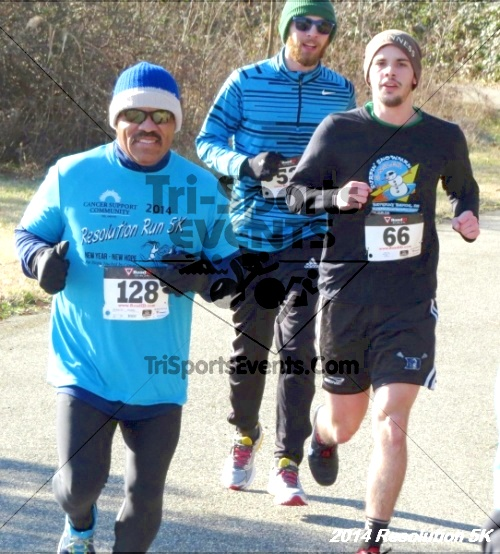 2014 Resolution 5K<br><br><br><br><a href='http://www.trisportsevents.com/pics/14_Resolution_5K_293.JPG' download='14_Resolution_5K_293.JPG'>Click here to download.</a><Br><a href='http://www.facebook.com/sharer.php?u=http:%2F%2Fwww.trisportsevents.com%2Fpics%2F14_Resolution_5K_293.JPG&t=2014 Resolution 5K' target='_blank'><img src='images/fb_share.png' width='100'></a>