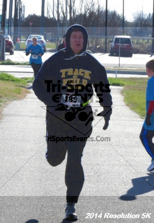2014 Resolution 5K<br><br><br><br><a href='https://www.trisportsevents.com/pics/14_Resolution_5K_338.JPG' download='14_Resolution_5K_338.JPG'>Click here to download.</a><Br><a href='http://www.facebook.com/sharer.php?u=http:%2F%2Fwww.trisportsevents.com%2Fpics%2F14_Resolution_5K_338.JPG&t=2014 Resolution 5K' target='_blank'><img src='images/fb_share.png' width='100'></a>