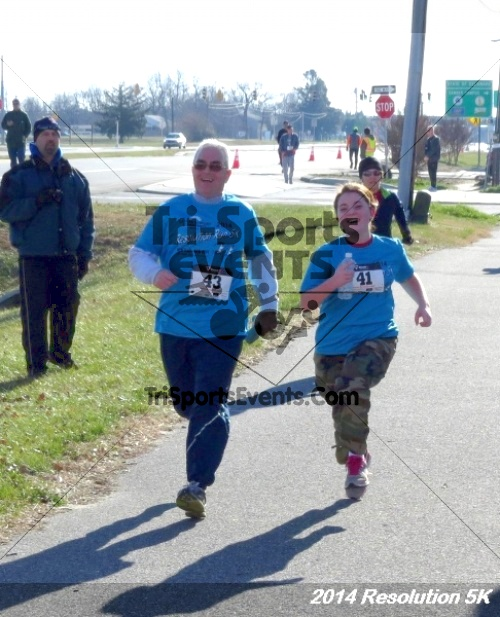 2014 Resolution 5K<br><br><br><br><a href='https://www.trisportsevents.com/pics/14_Resolution_5K_372.JPG' download='14_Resolution_5K_372.JPG'>Click here to download.</a><Br><a href='http://www.facebook.com/sharer.php?u=http:%2F%2Fwww.trisportsevents.com%2Fpics%2F14_Resolution_5K_372.JPG&t=2014 Resolution 5K' target='_blank'><img src='images/fb_share.png' width='100'></a>