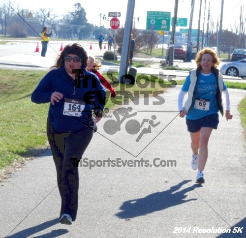 2014 Resolution 5K<br><br><br><br><a href='https://www.trisportsevents.com/pics/14_Resolution_5K_378.JPG' download='14_Resolution_5K_378.JPG'>Click here to download.</a><Br><a href='http://www.facebook.com/sharer.php?u=http:%2F%2Fwww.trisportsevents.com%2Fpics%2F14_Resolution_5K_378.JPG&t=2014 Resolution 5K' target='_blank'><img src='images/fb_share.png' width='100'></a>