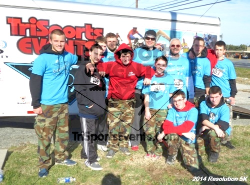 2014 Resolution 5K<br><br><br><br><a href='http://www.trisportsevents.com/pics/14_Resolution_5K_409.JPG' download='14_Resolution_5K_409.JPG'>Click here to download.</a><Br><a href='http://www.facebook.com/sharer.php?u=http:%2F%2Fwww.trisportsevents.com%2Fpics%2F14_Resolution_5K_409.JPG&t=2014 Resolution 5K' target='_blank'><img src='images/fb_share.png' width='100'></a>