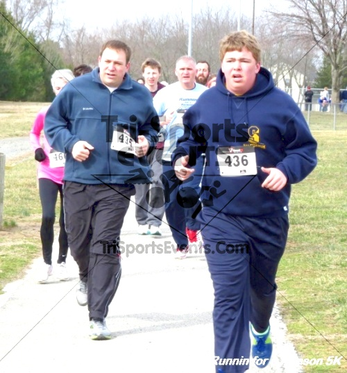Runnin for a Reason 5K<br><br><br><br><a href='https://www.trisportsevents.com/pics/14_Runnin_for_a_Reason_5K_039.JPG' download='14_Runnin_for_a_Reason_5K_039.JPG'>Click here to download.</a><Br><a href='http://www.facebook.com/sharer.php?u=http:%2F%2Fwww.trisportsevents.com%2Fpics%2F14_Runnin_for_a_Reason_5K_039.JPG&t=Runnin for a Reason 5K' target='_blank'><img src='images/fb_share.png' width='100'></a>