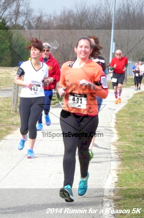 Runnin for a Reason 5K<br><br><br><br><a href='https://www.trisportsevents.com/pics/14_Runnin_for_a_Reason_5K_044.JPG' download='14_Runnin_for_a_Reason_5K_044.JPG'>Click here to download.</a><Br><a href='http://www.facebook.com/sharer.php?u=http:%2F%2Fwww.trisportsevents.com%2Fpics%2F14_Runnin_for_a_Reason_5K_044.JPG&t=Runnin for a Reason 5K' target='_blank'><img src='images/fb_share.png' width='100'></a>