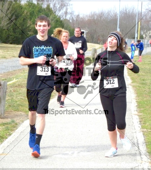 Runnin for a Reason 5K<br><br><br><br><a href='http://www.trisportsevents.com/pics/14_Runnin_for_a_Reason_5K_058.JPG' download='14_Runnin_for_a_Reason_5K_058.JPG'>Click here to download.</a><Br><a href='http://www.facebook.com/sharer.php?u=http:%2F%2Fwww.trisportsevents.com%2Fpics%2F14_Runnin_for_a_Reason_5K_058.JPG&t=Runnin for a Reason 5K' target='_blank'><img src='images/fb_share.png' width='100'></a>