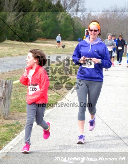Runnin for a Reason 5K<br><br><br><br><a href='http://www.trisportsevents.com/pics/14_Runnin_for_a_Reason_5K_061.JPG' download='14_Runnin_for_a_Reason_5K_061.JPG'>Click here to download.</a><Br><a href='http://www.facebook.com/sharer.php?u=http:%2F%2Fwww.trisportsevents.com%2Fpics%2F14_Runnin_for_a_Reason_5K_061.JPG&t=Runnin for a Reason 5K' target='_blank'><img src='images/fb_share.png' width='100'></a>