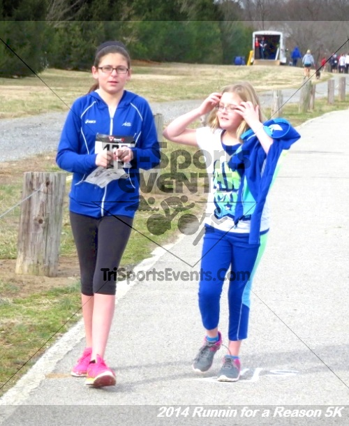 Runnin for a Reason 5K<br><br><br><br><a href='http://www.trisportsevents.com/pics/14_Runnin_for_a_Reason_5K_064.JPG' download='14_Runnin_for_a_Reason_5K_064.JPG'>Click here to download.</a><Br><a href='http://www.facebook.com/sharer.php?u=http:%2F%2Fwww.trisportsevents.com%2Fpics%2F14_Runnin_for_a_Reason_5K_064.JPG&t=Runnin for a Reason 5K' target='_blank'><img src='images/fb_share.png' width='100'></a>
