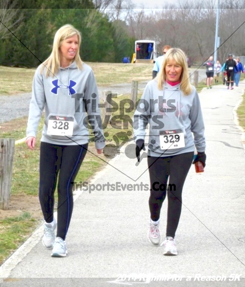 Runnin for a Reason 5K<br><br><br><br><a href='http://www.trisportsevents.com/pics/14_Runnin_for_a_Reason_5K_066.JPG' download='14_Runnin_for_a_Reason_5K_066.JPG'>Click here to download.</a><Br><a href='http://www.facebook.com/sharer.php?u=http:%2F%2Fwww.trisportsevents.com%2Fpics%2F14_Runnin_for_a_Reason_5K_066.JPG&t=Runnin for a Reason 5K' target='_blank'><img src='images/fb_share.png' width='100'></a>