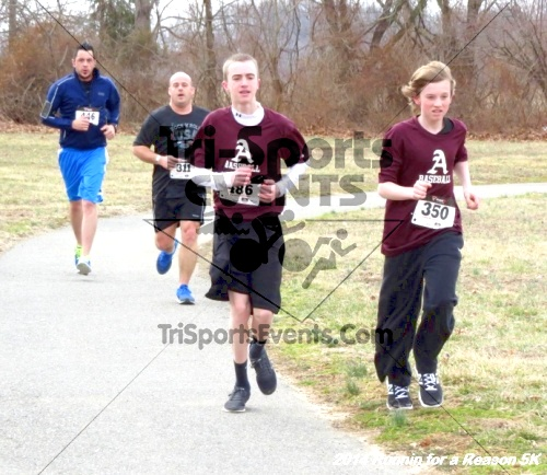 Runnin for a Reason 5K<br><br><br><br><a href='https://www.trisportsevents.com/pics/14_Runnin_for_a_Reason_5K_084.JPG' download='14_Runnin_for_a_Reason_5K_084.JPG'>Click here to download.</a><Br><a href='http://www.facebook.com/sharer.php?u=http:%2F%2Fwww.trisportsevents.com%2Fpics%2F14_Runnin_for_a_Reason_5K_084.JPG&t=Runnin for a Reason 5K' target='_blank'><img src='images/fb_share.png' width='100'></a>