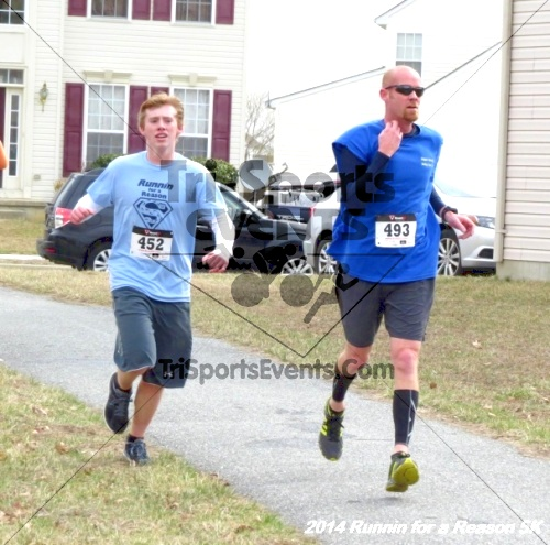 Runnin for a Reason 5K<br><br><br><br><a href='https://www.trisportsevents.com/pics/14_Runnin_for_a_Reason_5K_121.JPG' download='14_Runnin_for_a_Reason_5K_121.JPG'>Click here to download.</a><Br><a href='http://www.facebook.com/sharer.php?u=http:%2F%2Fwww.trisportsevents.com%2Fpics%2F14_Runnin_for_a_Reason_5K_121.JPG&t=Runnin for a Reason 5K' target='_blank'><img src='images/fb_share.png' width='100'></a>