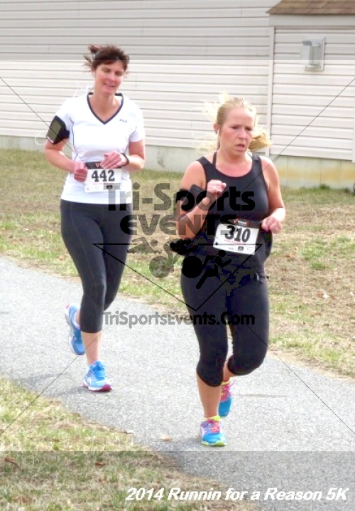 Runnin for a Reason 5K<br><br><br><br><a href='http://www.trisportsevents.com/pics/14_Runnin_for_a_Reason_5K_151.JPG' download='14_Runnin_for_a_Reason_5K_151.JPG'>Click here to download.</a><Br><a href='http://www.facebook.com/sharer.php?u=http:%2F%2Fwww.trisportsevents.com%2Fpics%2F14_Runnin_for_a_Reason_5K_151.JPG&t=Runnin for a Reason 5K' target='_blank'><img src='images/fb_share.png' width='100'></a>