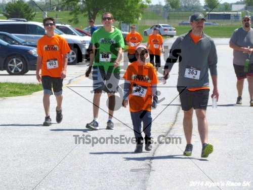 Ryan's Race 5k Run/Walk<br><br><br><br><a href='https://www.trisportsevents.com/pics/14_Ryan's_Race_5K_264.JPG' download='14_Ryan's_Race_5K_264.JPG'>Click here to download.</a><Br><a href='http://www.facebook.com/sharer.php?u=http:%2F%2Fwww.trisportsevents.com%2Fpics%2F14_Ryan's_Race_5K_264.JPG&t=Ryan's Race 5k Run/Walk' target='_blank'><img src='images/fb_share.png' width='100'></a>