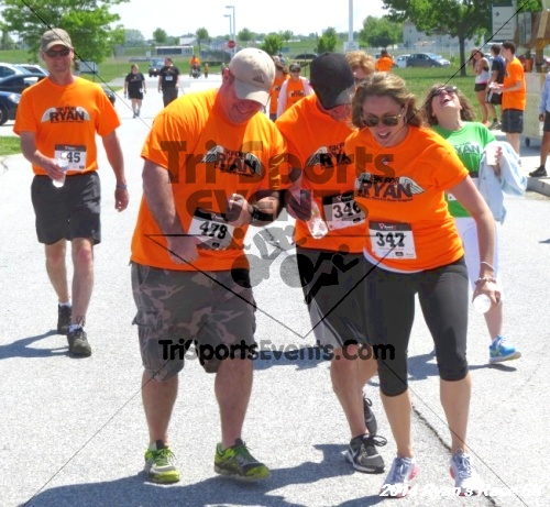 Ryan's Race 5k Run/Walk<br><br><br><br><a href='https://www.trisportsevents.com/pics/14_Ryan's_Race_5K_268.JPG' download='14_Ryan's_Race_5K_268.JPG'>Click here to download.</a><Br><a href='http://www.facebook.com/sharer.php?u=http:%2F%2Fwww.trisportsevents.com%2Fpics%2F14_Ryan's_Race_5K_268.JPG&t=Ryan's Race 5k Run/Walk' target='_blank'><img src='images/fb_share.png' width='100'></a>