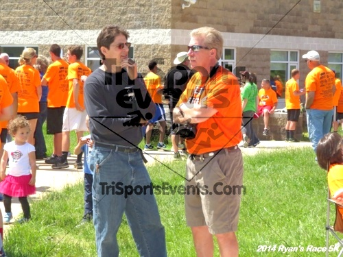 Ryan's Race 5k Run/Walk<br><br><br><br><a href='https://www.trisportsevents.com/pics/14_Ryan's_Race_5K_276.JPG' download='14_Ryan's_Race_5K_276.JPG'>Click here to download.</a><Br><a href='http://www.facebook.com/sharer.php?u=http:%2F%2Fwww.trisportsevents.com%2Fpics%2F14_Ryan's_Race_5K_276.JPG&t=Ryan's Race 5k Run/Walk' target='_blank'><img src='images/fb_share.png' width='100'></a>