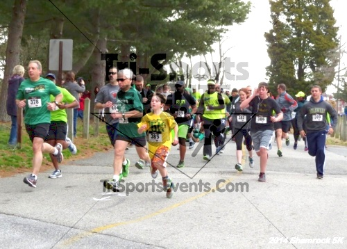 Shamrock Scramble 5K Run/Walk<br><br><br><br><a href='https://www.trisportsevents.com/pics/14_Shamrock_5K_038.JPG' download='14_Shamrock_5K_038.JPG'>Click here to download.</a><Br><a href='http://www.facebook.com/sharer.php?u=http:%2F%2Fwww.trisportsevents.com%2Fpics%2F14_Shamrock_5K_038.JPG&t=Shamrock Scramble 5K Run/Walk' target='_blank'><img src='images/fb_share.png' width='100'></a>