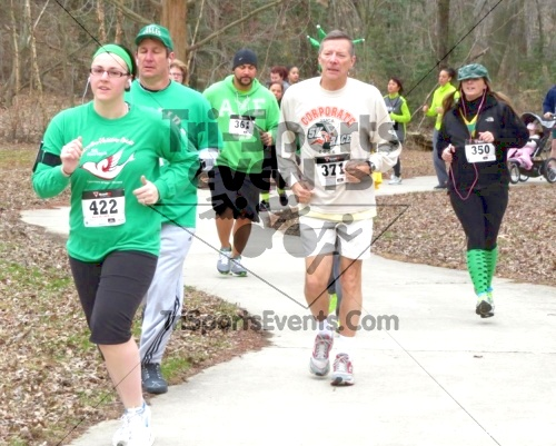 Shamrock Scramble 5K Run/Walk<br><br><br><br><a href='http://www.trisportsevents.com/pics/14_Shamrock_5K_122.JPG' download='14_Shamrock_5K_122.JPG'>Click here to download.</a><Br><a href='http://www.facebook.com/sharer.php?u=http:%2F%2Fwww.trisportsevents.com%2Fpics%2F14_Shamrock_5K_122.JPG&t=Shamrock Scramble 5K Run/Walk' target='_blank'><img src='images/fb_share.png' width='100'></a>