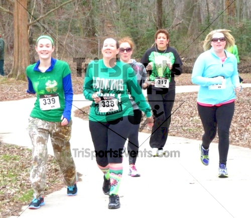 Shamrock Scramble 5K Run/Walk<br><br><br><br><a href='https://www.trisportsevents.com/pics/14_Shamrock_5K_133.JPG' download='14_Shamrock_5K_133.JPG'>Click here to download.</a><Br><a href='http://www.facebook.com/sharer.php?u=http:%2F%2Fwww.trisportsevents.com%2Fpics%2F14_Shamrock_5K_133.JPG&t=Shamrock Scramble 5K Run/Walk' target='_blank'><img src='images/fb_share.png' width='100'></a>