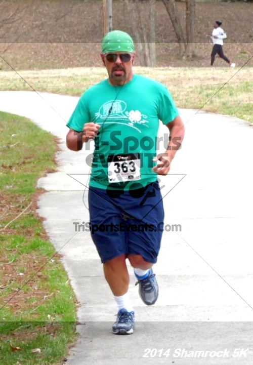 Shamrock Scramble 5K Run/Walk<br><br><br><br><a href='http://www.trisportsevents.com/pics/14_Shamrock_5K_209.JPG' download='14_Shamrock_5K_209.JPG'>Click here to download.</a><Br><a href='http://www.facebook.com/sharer.php?u=http:%2F%2Fwww.trisportsevents.com%2Fpics%2F14_Shamrock_5K_209.JPG&t=Shamrock Scramble 5K Run/Walk' target='_blank'><img src='images/fb_share.png' width='100'></a>