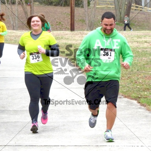 Shamrock Scramble 5K Run/Walk<br><br><br><br><a href='http://www.trisportsevents.com/pics/14_Shamrock_5K_258.JPG' download='14_Shamrock_5K_258.JPG'>Click here to download.</a><Br><a href='http://www.facebook.com/sharer.php?u=http:%2F%2Fwww.trisportsevents.com%2Fpics%2F14_Shamrock_5K_258.JPG&t=Shamrock Scramble 5K Run/Walk' target='_blank'><img src='images/fb_share.png' width='100'></a>