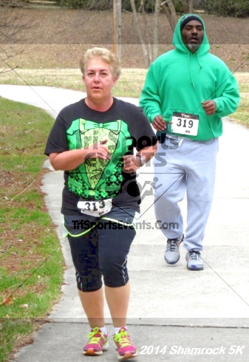 Shamrock Scramble 5K Run/Walk<br><br><br><br><a href='http://www.trisportsevents.com/pics/14_Shamrock_5K_276.JPG' download='14_Shamrock_5K_276.JPG'>Click here to download.</a><Br><a href='http://www.facebook.com/sharer.php?u=http:%2F%2Fwww.trisportsevents.com%2Fpics%2F14_Shamrock_5K_276.JPG&t=Shamrock Scramble 5K Run/Walk' target='_blank'><img src='images/fb_share.png' width='100'></a>