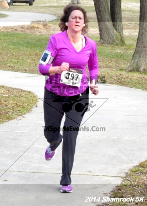 Shamrock Scramble 5K Run/Walk<br><br><br><br><a href='http://www.trisportsevents.com/pics/14_Shamrock_5K_302.JPG' download='14_Shamrock_5K_302.JPG'>Click here to download.</a><Br><a href='http://www.facebook.com/sharer.php?u=http:%2F%2Fwww.trisportsevents.com%2Fpics%2F14_Shamrock_5K_302.JPG&t=Shamrock Scramble 5K Run/Walk' target='_blank'><img src='images/fb_share.png' width='100'></a>