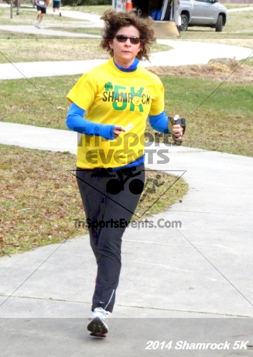Shamrock Scramble 5K Run/Walk<br><br><br><br><a href='http://www.trisportsevents.com/pics/14_Shamrock_5K_309.JPG' download='14_Shamrock_5K_309.JPG'>Click here to download.</a><Br><a href='http://www.facebook.com/sharer.php?u=http:%2F%2Fwww.trisportsevents.com%2Fpics%2F14_Shamrock_5K_309.JPG&t=Shamrock Scramble 5K Run/Walk' target='_blank'><img src='images/fb_share.png' width='100'></a>