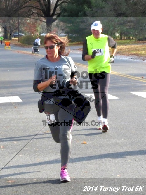 !st Annual Turkey Trot 5k Run/Walk<br><br><br><br><a href='http://www.trisportsevents.com/pics/14_Turkey_Trot_5K_112.JPG' download='14_Turkey_Trot_5K_112.JPG'>Click here to download.</a><Br><a href='http://www.facebook.com/sharer.php?u=http:%2F%2Fwww.trisportsevents.com%2Fpics%2F14_Turkey_Trot_5K_112.JPG&t=!st Annual Turkey Trot 5k Run/Walk' target='_blank'><img src='images/fb_share.png' width='100'></a>