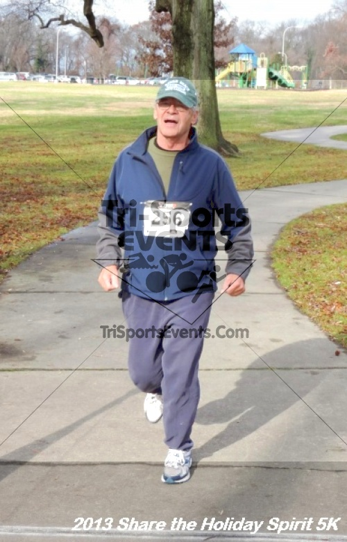Share the Holiday Spirit 5K<br><br><br><br><a href='https://www.trisportsevents.com/pics/157.JPG' download='157.JPG'>Click here to download.</a><Br><a href='http://www.facebook.com/sharer.php?u=http:%2F%2Fwww.trisportsevents.com%2Fpics%2F157.JPG&t=Share the Holiday Spirit 5K' target='_blank'><img src='images/fb_share.png' width='100'></a>