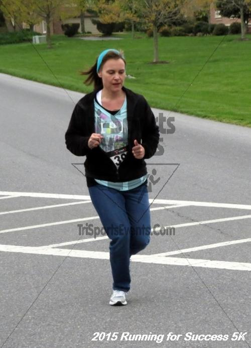 Running for Success 5K Run/Walk<br><br><br><br><a href='http://www.trisportsevents.com/pics/15_CDCA_5K_069.JPG' download='15_CDCA_5K_069.JPG'>Click here to download.</a><Br><a href='http://www.facebook.com/sharer.php?u=http:%2F%2Fwww.trisportsevents.com%2Fpics%2F15_CDCA_5K_069.JPG&t=Running for Success 5K Run/Walk' target='_blank'><img src='images/fb_share.png' width='100'></a>