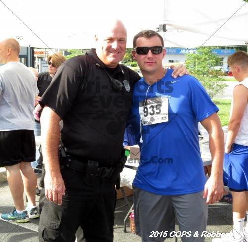 COPS & Robbers 5K Run/Walk<br><br><br><br><a href='http://www.trisportsevents.com/pics/15_COPS_&_Robbers_5K_006.JPG' download='15_COPS_&_Robbers_5K_006.JPG'>Click here to download.</a><Br><a href='http://www.facebook.com/sharer.php?u=http:%2F%2Fwww.trisportsevents.com%2Fpics%2F15_COPS_&_Robbers_5K_006.JPG&t=COPS & Robbers 5K Run/Walk' target='_blank'><img src='images/fb_share.png' width='100'></a>