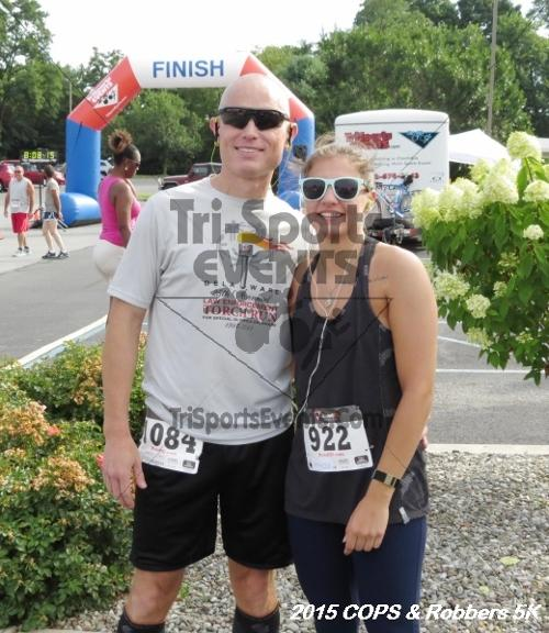 COPS & Robbers 5K Run/Walk<br><br><br><br><a href='http://www.trisportsevents.com/pics/15_COPS_&_Robbers_5K_015.JPG' download='15_COPS_&_Robbers_5K_015.JPG'>Click here to download.</a><Br><a href='http://www.facebook.com/sharer.php?u=http:%2F%2Fwww.trisportsevents.com%2Fpics%2F15_COPS_&_Robbers_5K_015.JPG&t=COPS & Robbers 5K Run/Walk' target='_blank'><img src='images/fb_share.png' width='100'></a>