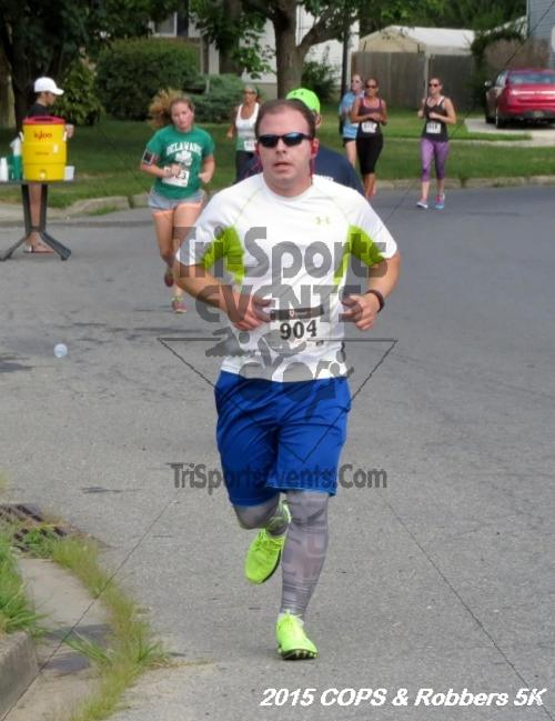 COPS & Robbers 5K Run/Walk<br><br><br><br><a href='http://www.trisportsevents.com/pics/15_COPS_&_Robbers_5K_078.JPG' download='15_COPS_&_Robbers_5K_078.JPG'>Click here to download.</a><Br><a href='http://www.facebook.com/sharer.php?u=http:%2F%2Fwww.trisportsevents.com%2Fpics%2F15_COPS_&_Robbers_5K_078.JPG&t=COPS & Robbers 5K Run/Walk' target='_blank'><img src='images/fb_share.png' width='100'></a>