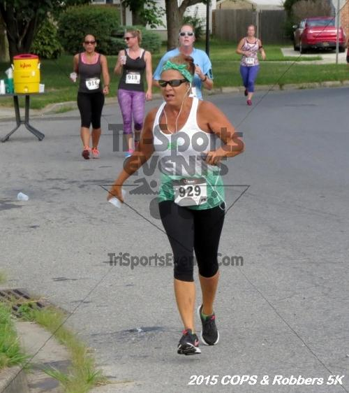COPS & Robbers 5K Run/Walk<br><br><br><br><a href='https://www.trisportsevents.com/pics/15_COPS_&_Robbers_5K_081.JPG' download='15_COPS_&_Robbers_5K_081.JPG'>Click here to download.</a><Br><a href='http://www.facebook.com/sharer.php?u=http:%2F%2Fwww.trisportsevents.com%2Fpics%2F15_COPS_&_Robbers_5K_081.JPG&t=COPS & Robbers 5K Run/Walk' target='_blank'><img src='images/fb_share.png' width='100'></a>