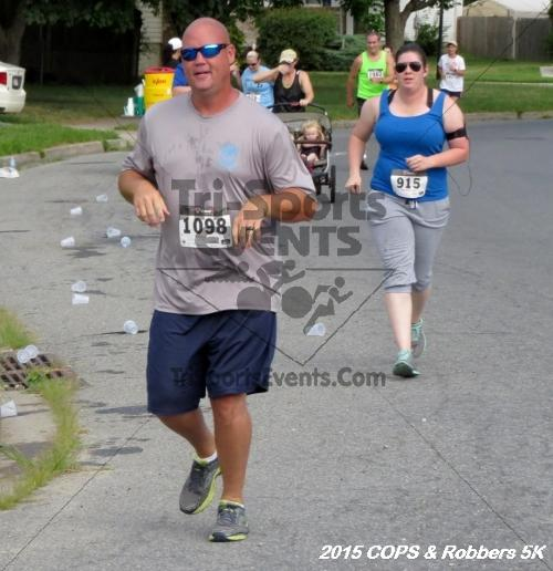COPS & Robbers 5K Run/Walk<br><br><br><br><a href='http://www.trisportsevents.com/pics/15_COPS_&_Robbers_5K_111.JPG' download='15_COPS_&_Robbers_5K_111.JPG'>Click here to download.</a><Br><a href='http://www.facebook.com/sharer.php?u=http:%2F%2Fwww.trisportsevents.com%2Fpics%2F15_COPS_&_Robbers_5K_111.JPG&t=COPS & Robbers 5K Run/Walk' target='_blank'><img src='images/fb_share.png' width='100'></a>