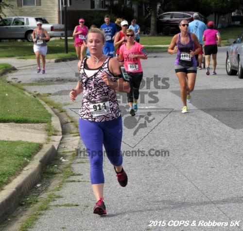 COPS & Robbers 5K Run/Walk<br><br><br><br><a href='http://www.trisportsevents.com/pics/15_COPS_&_Robbers_5K_146.JPG' download='15_COPS_&_Robbers_5K_146.JPG'>Click here to download.</a><Br><a href='http://www.facebook.com/sharer.php?u=http:%2F%2Fwww.trisportsevents.com%2Fpics%2F15_COPS_&_Robbers_5K_146.JPG&t=COPS & Robbers 5K Run/Walk' target='_blank'><img src='images/fb_share.png' width='100'></a>