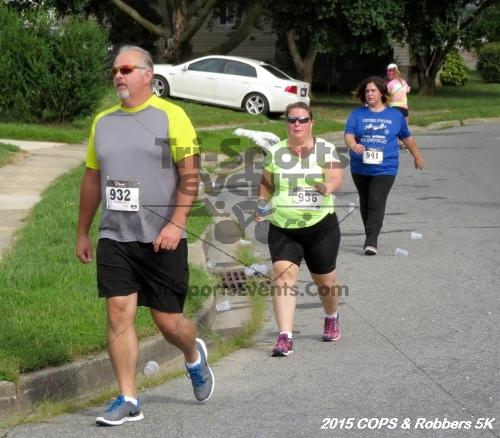 COPS & Robbers 5K Run/Walk<br><br><br><br><a href='http://www.trisportsevents.com/pics/15_COPS_&_Robbers_5K_154.JPG' download='15_COPS_&_Robbers_5K_154.JPG'>Click here to download.</a><Br><a href='http://www.facebook.com/sharer.php?u=http:%2F%2Fwww.trisportsevents.com%2Fpics%2F15_COPS_&_Robbers_5K_154.JPG&t=COPS & Robbers 5K Run/Walk' target='_blank'><img src='images/fb_share.png' width='100'></a>