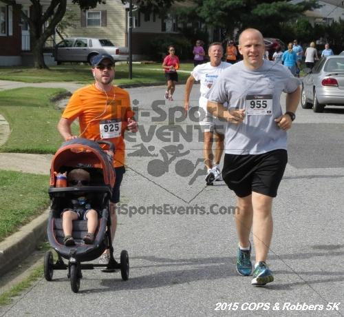 COPS & Robbers 5K Run/Walk<br><br><br><br><a href='https://www.trisportsevents.com/pics/15_COPS_&_Robbers_5K_166.JPG' download='15_COPS_&_Robbers_5K_166.JPG'>Click here to download.</a><Br><a href='http://www.facebook.com/sharer.php?u=http:%2F%2Fwww.trisportsevents.com%2Fpics%2F15_COPS_&_Robbers_5K_166.JPG&t=COPS & Robbers 5K Run/Walk' target='_blank'><img src='images/fb_share.png' width='100'></a>