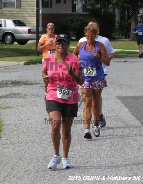 COPS & Robbers 5K Run/Walk<br><br><br><br><a href='http://www.trisportsevents.com/pics/15_COPS_&_Robbers_5K_172.JPG' download='15_COPS_&_Robbers_5K_172.JPG'>Click here to download.</a><Br><a href='http://www.facebook.com/sharer.php?u=http:%2F%2Fwww.trisportsevents.com%2Fpics%2F15_COPS_&_Robbers_5K_172.JPG&t=COPS & Robbers 5K Run/Walk' target='_blank'><img src='images/fb_share.png' width='100'></a>