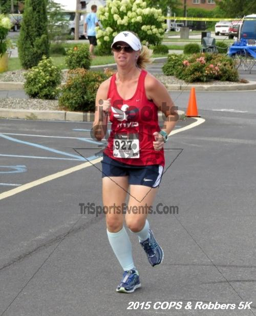 COPS & Robbers 5K Run/Walk<br><br><br><br><a href='http://www.trisportsevents.com/pics/15_COPS_&_Robbers_5K_191.JPG' download='15_COPS_&_Robbers_5K_191.JPG'>Click here to download.</a><Br><a href='http://www.facebook.com/sharer.php?u=http:%2F%2Fwww.trisportsevents.com%2Fpics%2F15_COPS_&_Robbers_5K_191.JPG&t=COPS & Robbers 5K Run/Walk' target='_blank'><img src='images/fb_share.png' width='100'></a>