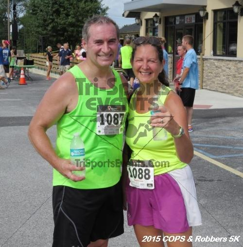 COPS & Robbers 5K Run/Walk<br><br><br><br><a href='http://www.trisportsevents.com/pics/15_COPS_&_Robbers_5K_219.JPG' download='15_COPS_&_Robbers_5K_219.JPG'>Click here to download.</a><Br><a href='http://www.facebook.com/sharer.php?u=http:%2F%2Fwww.trisportsevents.com%2Fpics%2F15_COPS_&_Robbers_5K_219.JPG&t=COPS & Robbers 5K Run/Walk' target='_blank'><img src='images/fb_share.png' width='100'></a>