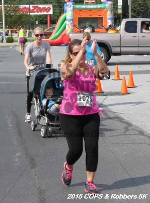 COPS & Robbers 5K Run/Walk<br><br><br><br><a href='https://www.trisportsevents.com/pics/15_COPS_&_Robbers_5K_247.JPG' download='15_COPS_&_Robbers_5K_247.JPG'>Click here to download.</a><Br><a href='http://www.facebook.com/sharer.php?u=http:%2F%2Fwww.trisportsevents.com%2Fpics%2F15_COPS_&_Robbers_5K_247.JPG&t=COPS & Robbers 5K Run/Walk' target='_blank'><img src='images/fb_share.png' width='100'></a>