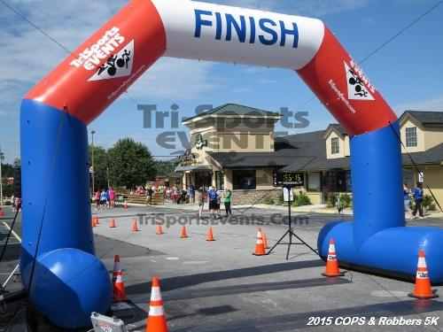 COPS & Robbers 5K Run/Walk<br><br><br><br><a href='http://www.trisportsevents.com/pics/15_COPS_&_Robbers_5K_251.JPG' download='15_COPS_&_Robbers_5K_251.JPG'>Click here to download.</a><Br><a href='http://www.facebook.com/sharer.php?u=http:%2F%2Fwww.trisportsevents.com%2Fpics%2F15_COPS_&_Robbers_5K_251.JPG&t=COPS & Robbers 5K Run/Walk' target='_blank'><img src='images/fb_share.png' width='100'></a>