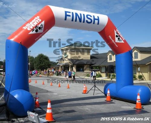 COPS & Robbers 5K Run/Walk<br><br><br><br><a href='http://www.trisportsevents.com/pics/15_COPS_&_Robbers_5K_252.JPG' download='15_COPS_&_Robbers_5K_252.JPG'>Click here to download.</a><Br><a href='http://www.facebook.com/sharer.php?u=http:%2F%2Fwww.trisportsevents.com%2Fpics%2F15_COPS_&_Robbers_5K_252.JPG&t=COPS & Robbers 5K Run/Walk' target='_blank'><img src='images/fb_share.png' width='100'></a>