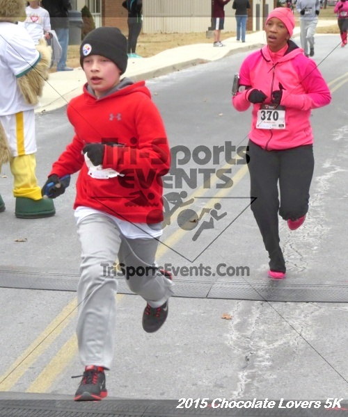 Chocolate Lovers 5k Run/Walk<br><br><br><br><a href='https://www.trisportsevents.com/pics/15_Chocolate_Lovers_5K_232.JPG' download='15_Chocolate_Lovers_5K_232.JPG'>Click here to download.</a><Br><a href='http://www.facebook.com/sharer.php?u=http:%2F%2Fwww.trisportsevents.com%2Fpics%2F15_Chocolate_Lovers_5K_232.JPG&t=Chocolate Lovers 5k Run/Walk' target='_blank'><img src='images/fb_share.png' width='100'></a>