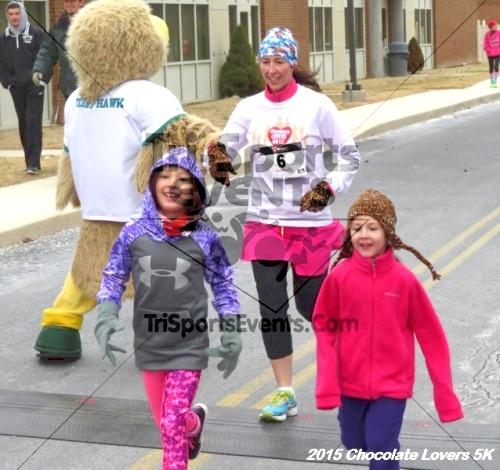 Chocolate Lovers 5k Run/Walk<br><br><br><br><a href='http://www.trisportsevents.com/pics/15_Chocolate_Lovers_5K_340.JPG' download='15_Chocolate_Lovers_5K_340.JPG'>Click here to download.</a><Br><a href='http://www.facebook.com/sharer.php?u=http:%2F%2Fwww.trisportsevents.com%2Fpics%2F15_Chocolate_Lovers_5K_340.JPG&t=Chocolate Lovers 5k Run/Walk' target='_blank'><img src='images/fb_share.png' width='100'></a>